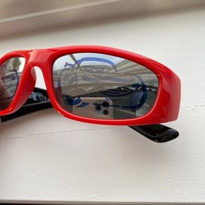 NWT Boys Kids DISNEY PIXAR CARS Sunglasses Lightning McQueen Silver with red 04